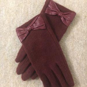 3/$12 Gloves